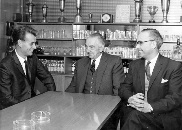 Hillingdon Times: A relaxed Ken Furphy in conversaton with chairman Jim Bonser and secretary Ron Rollitt