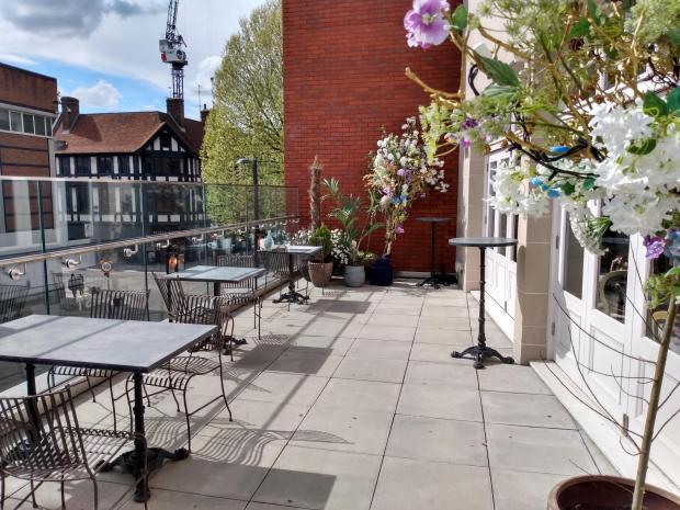 Hillingdon Times: The Parisian terrace at The Florist