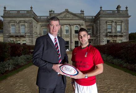 Ryan with ex-Marine Liam Thompson at the Help For Heroes rehab centre, Tedworth House