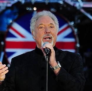 Sir Tom Jones has pulled out of a BT London Live show in Hyde Park