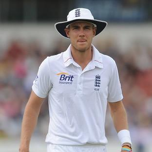 Stuart Broad finished with figures of three for 96