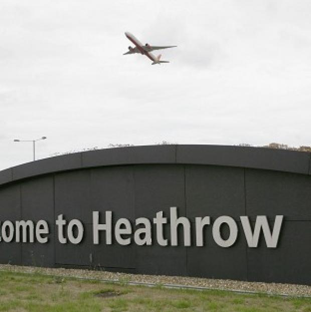 Hillingdon Times: Heathrow chiefs want to see a third runway at the airport