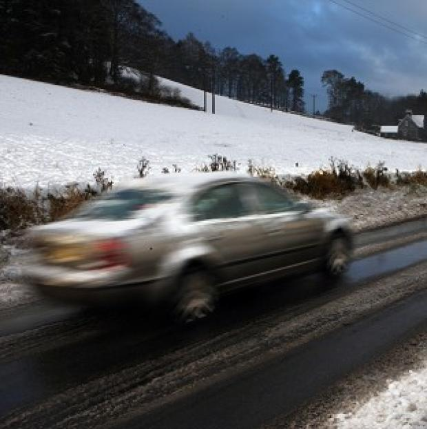 Hillingdon Times: Commuters are facing significant disruption after snow was forecast