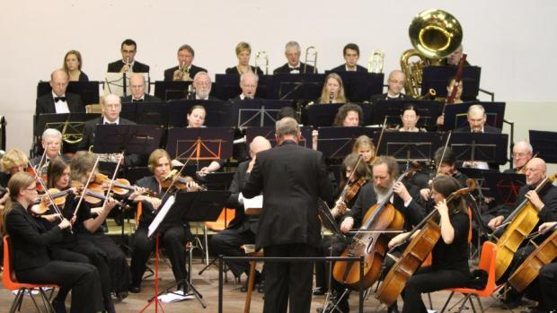 Music for midsummer: the Hillingdon Philharmonic