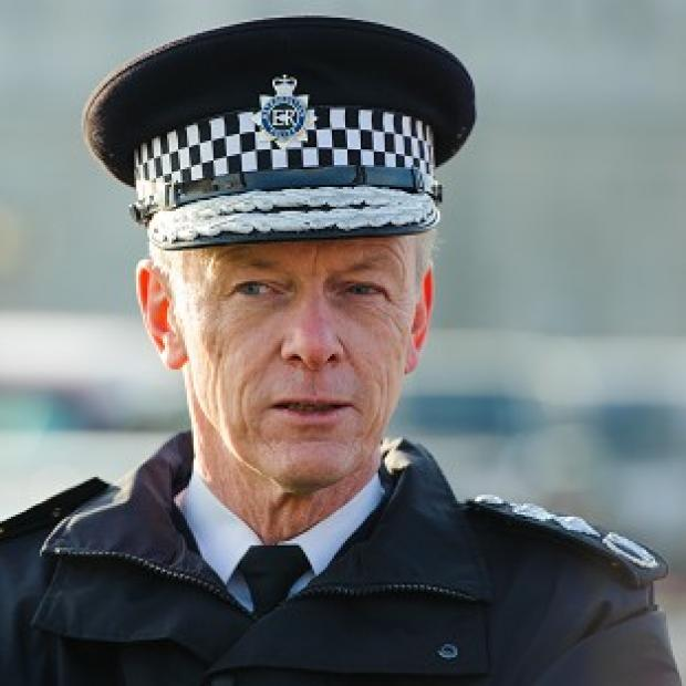 Hillingdon Times: Metropolitan Police Commissioner Sir Bernard Hogan-Howe will be asked to ensure that corruption no longer exists in the force