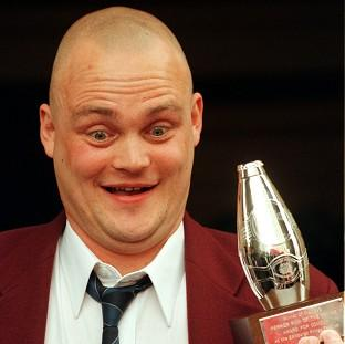 Newly-available online records show that pub landlord comic Al Murray is a distant cousin