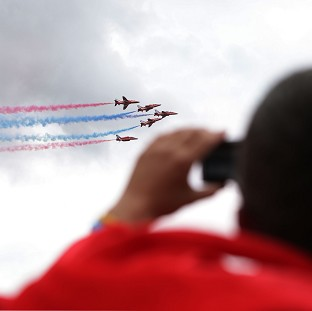 Red Arrows give festival send-off