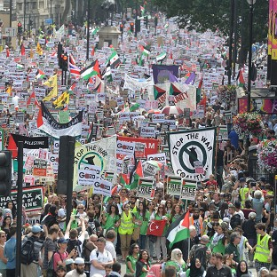 Thousands gather for Gaza protest