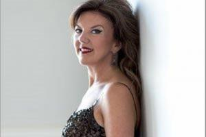 Tasmin Little, creator of Naked Violinist, aims to inspire young Ealing musicians