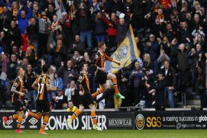 Sam Clucas celebrates his stunning goal against Watford