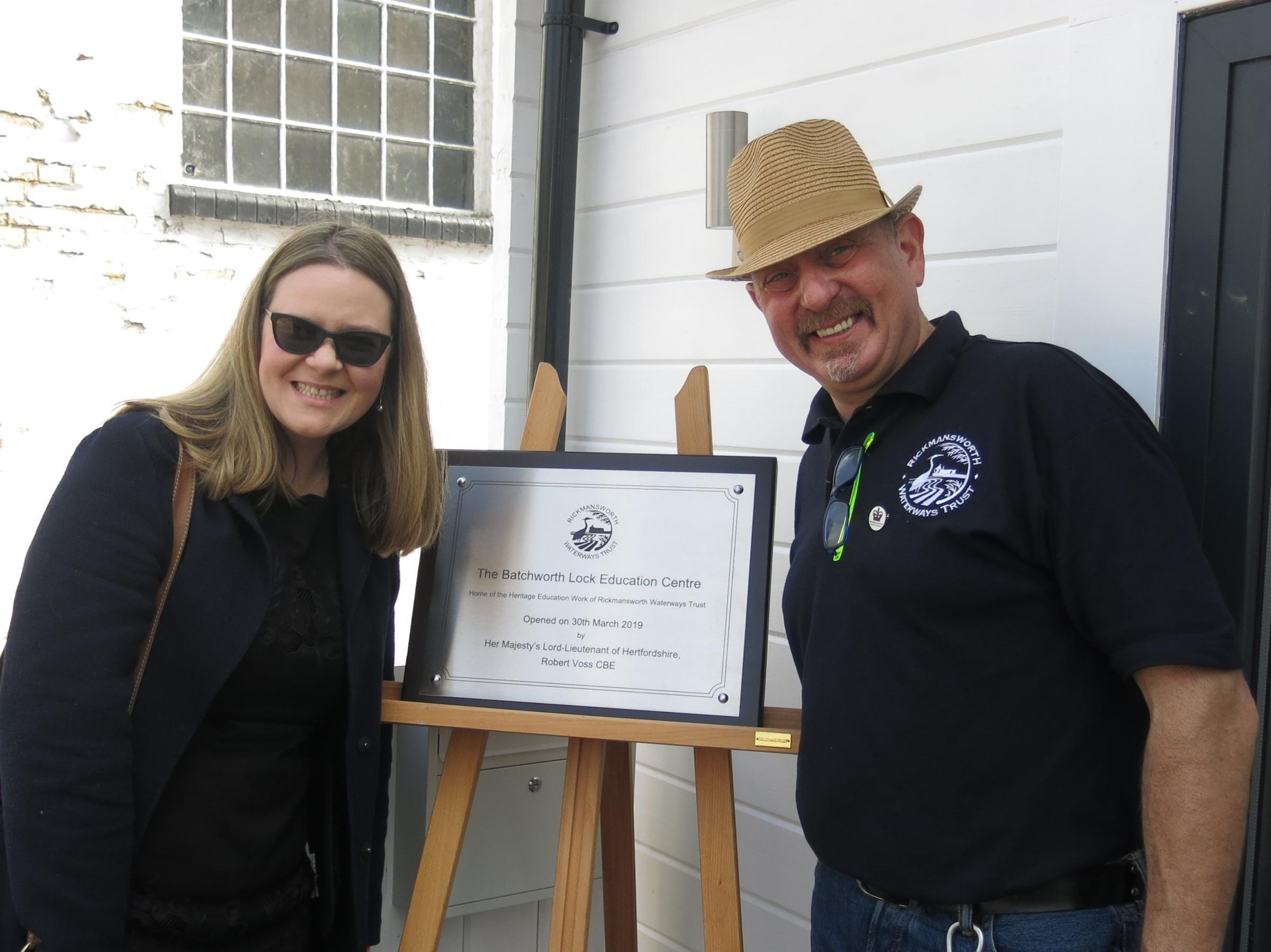 Anna Jarmolinska-Nowak from Affinity Water and Mark Saxon, general manager of Rickmansworth Waterways Trust, next to the commemorative plaque.